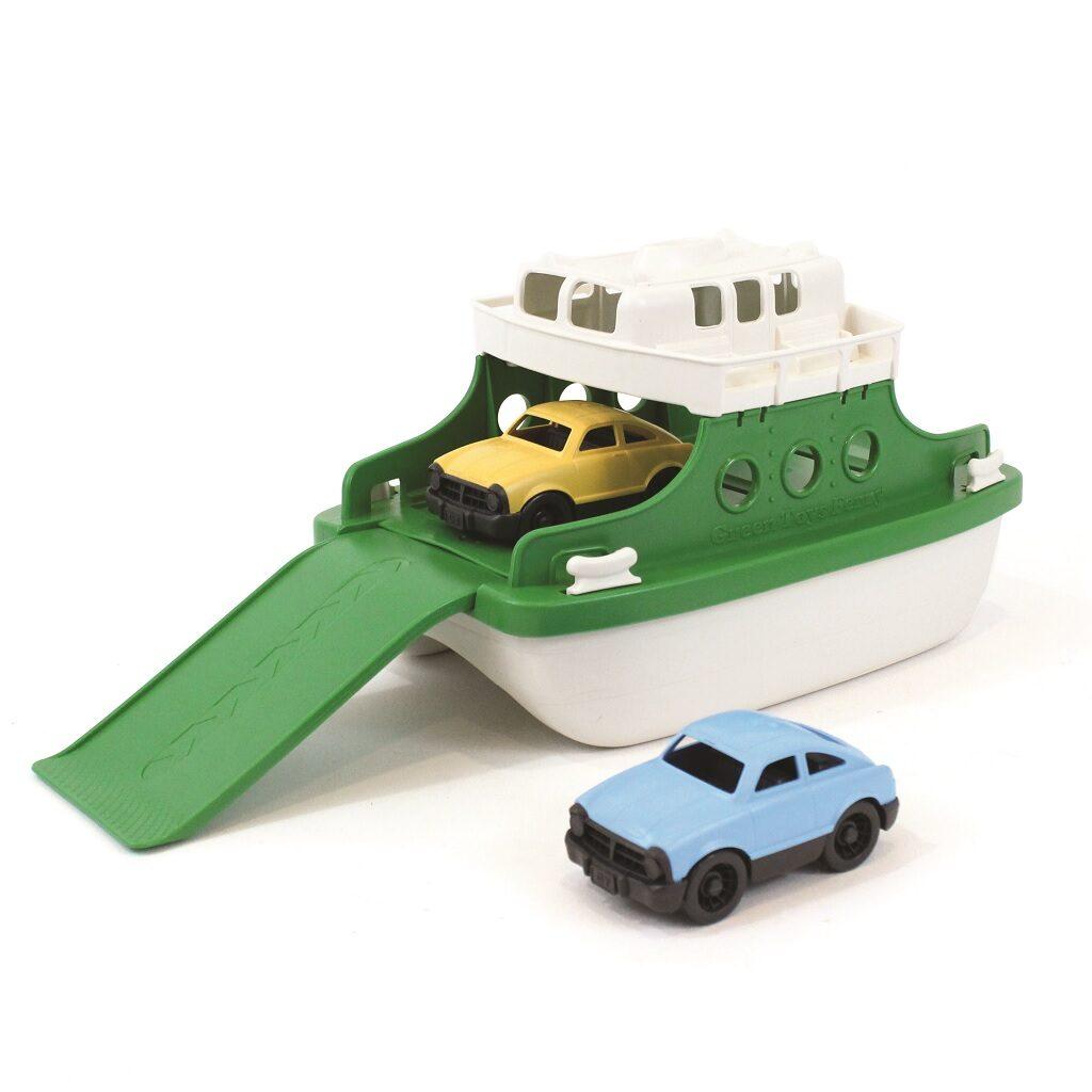 Green Toys Trajekt s auty zeleno - bílý se dvěmi autíčky
