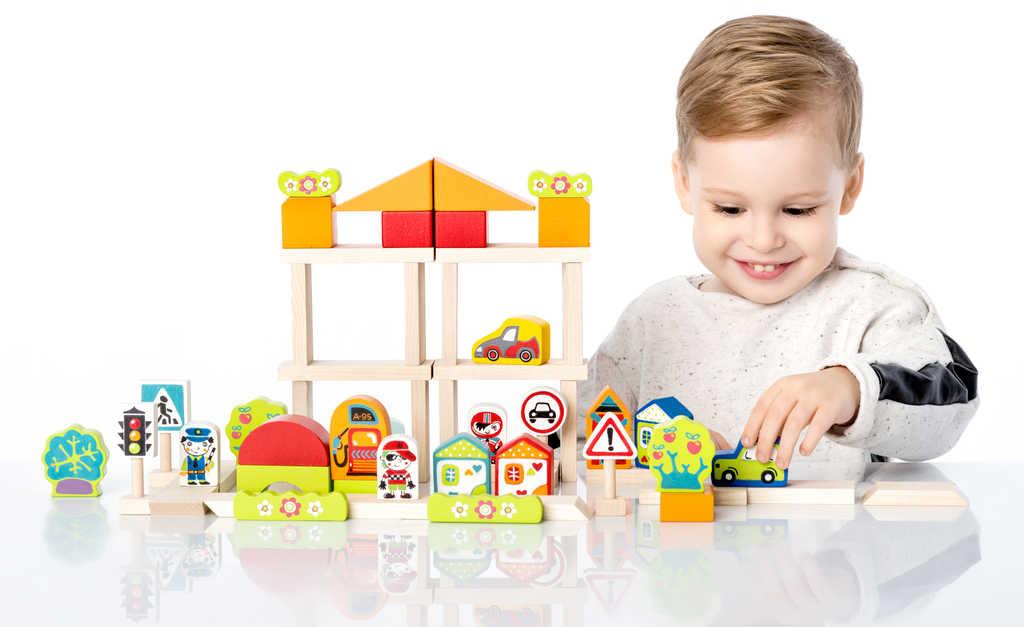 CUBIKA DŘEVO Baby stavebnice Doprava ve městě set 55 dílků v dárkové krabici