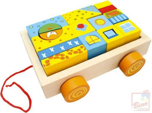 BINO DŘEVO Set vozík s malovanými kostkami 19ks stavebnice pro miminko